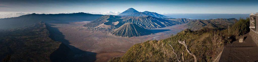 Panorama del Monte Bromo desde el mirador