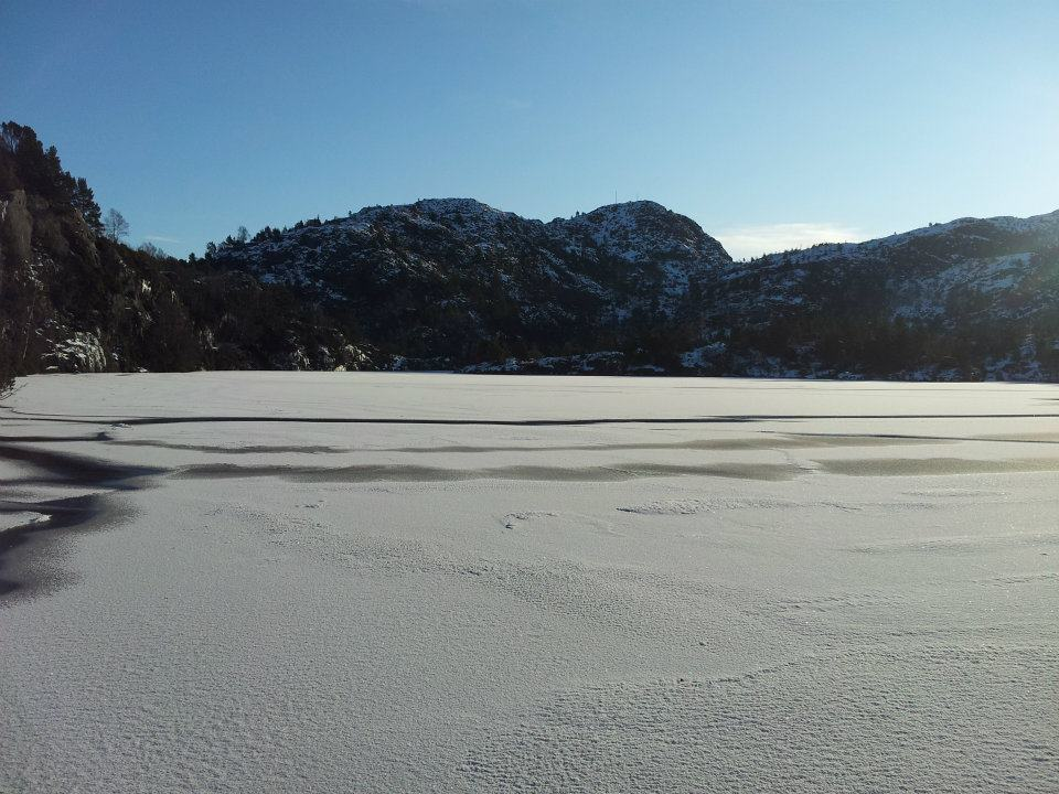 Frozen lake at Lyderhorn in winter