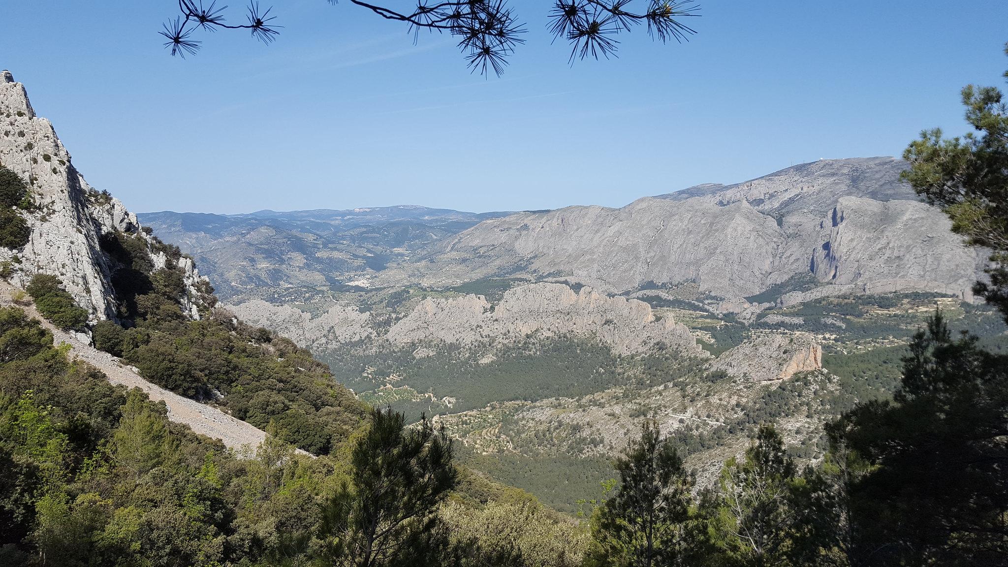 Travesia Puig Campana - La subida