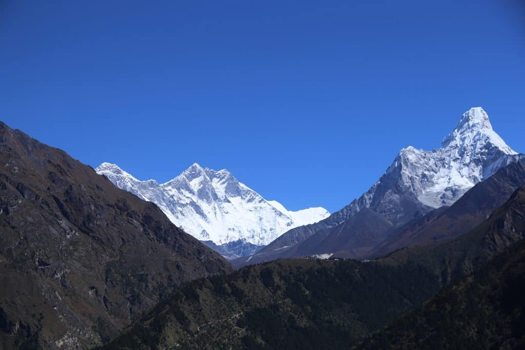 Ama dablam, Nuptse and Everest seen from the trail