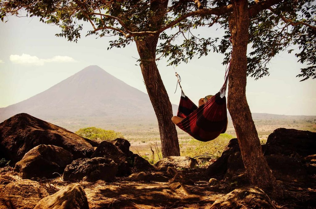ways to sleep if you go hiking