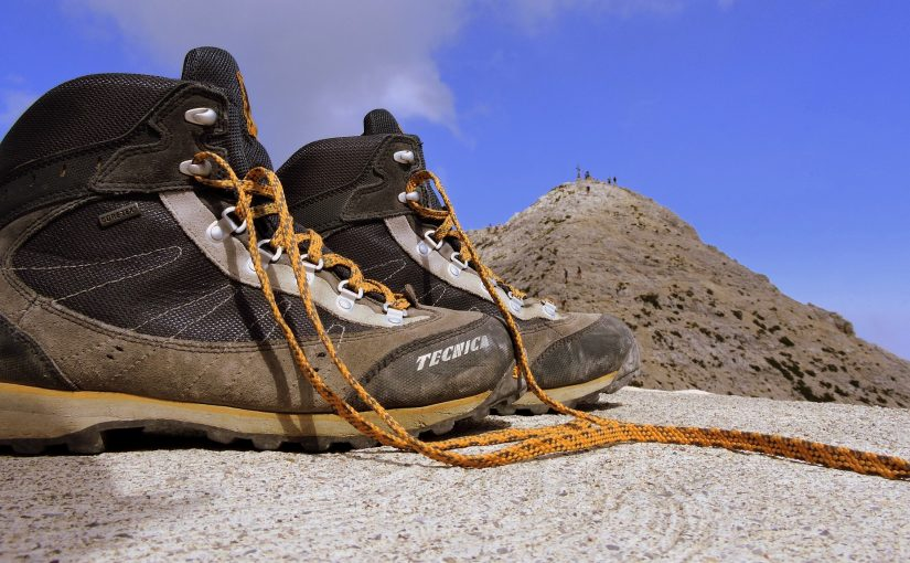 Hiking boots and soles: the right shoes for each activity