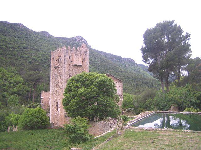 Monasterio viejo de La Murta en Valencia España