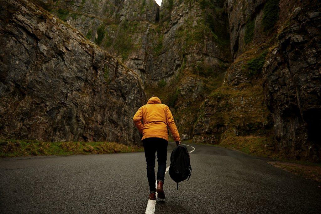 elegir chaqueta para senderismo