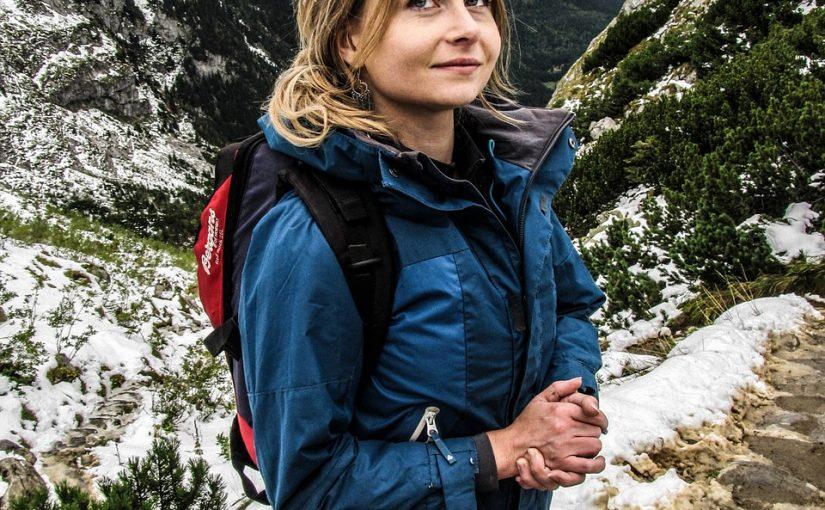 ¿Cómo elegir la chaqueta de senderismo adecuada para cada época del año?