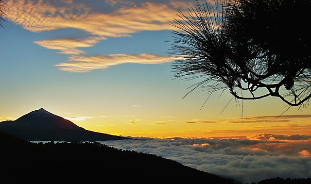 Sunset in El Teide to enjoy hiking