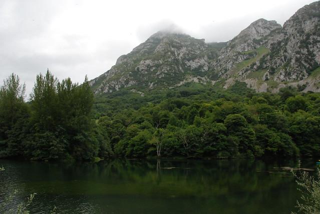 Reservoir of Valdemurio-Paso del Sendero la Osa