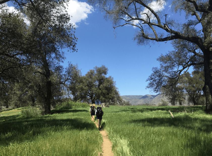 ¿Cómo iniciarse y mejorar en el senderismo?