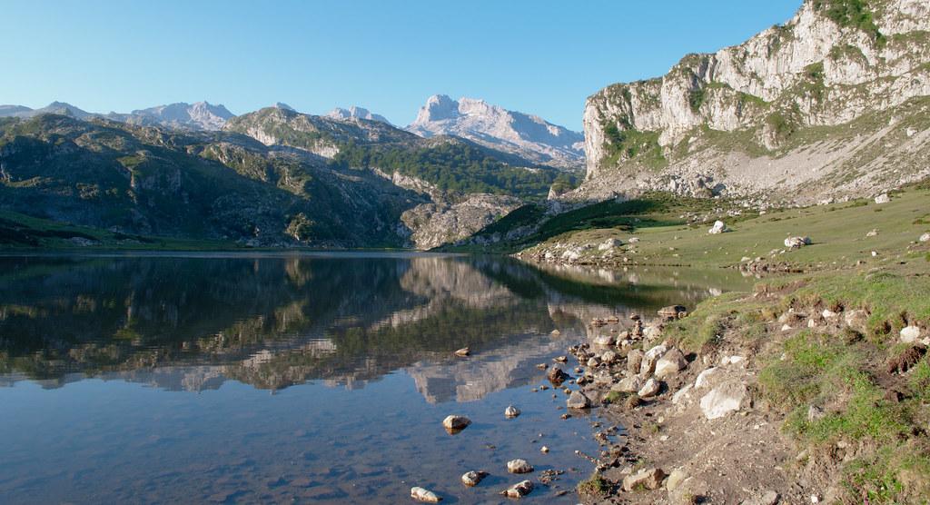 Las preciosas rutas de senderismo en Asturias que deberías conocer