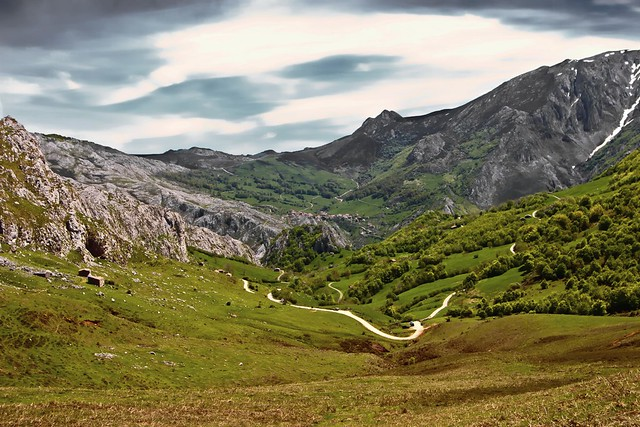 5 hiking trails in Cantabria