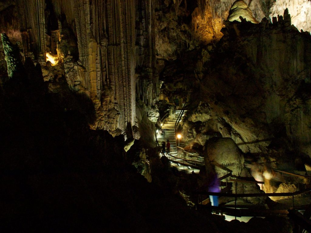 Trekking through the Nerja Cave in Malagá