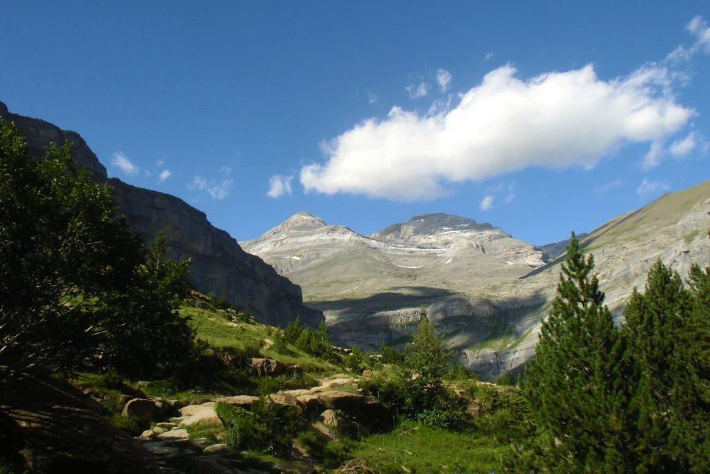 Trekking en España La Alta Ruta de los Perdidos, valle de Ordesa